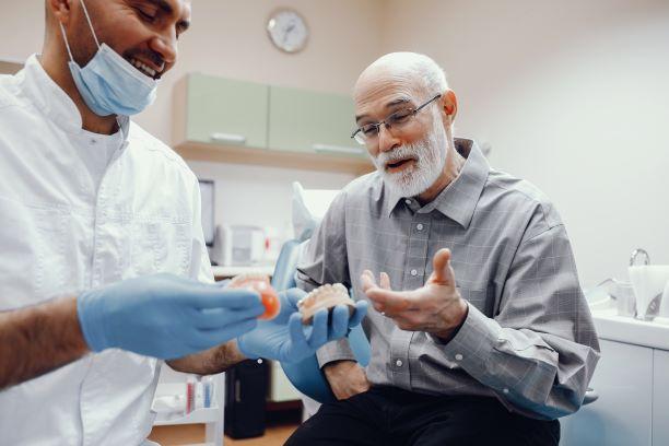 השתלות שיניים למבוגרים בעפולה
