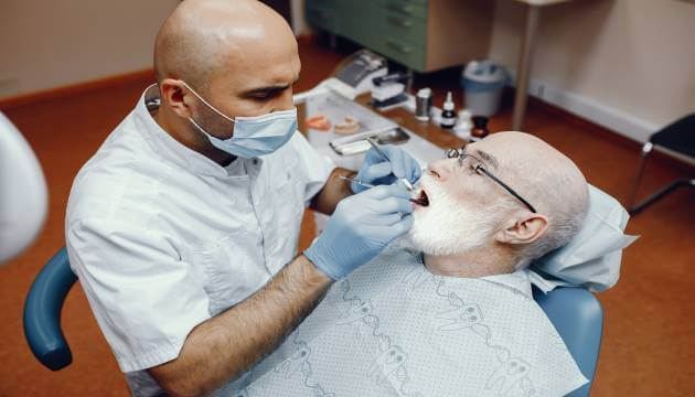השתלות שיניים למבוגרים